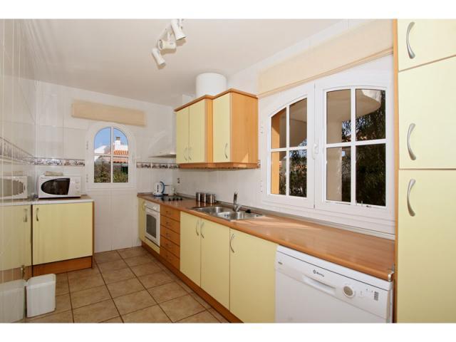 Kitchen - Villa Gomera, Caleta de Fuste, Fuerteventura